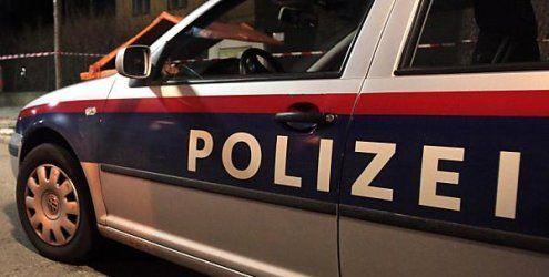 Dealer (18) flüchtet vor Polizei und verursacht Unfall am Gürtel