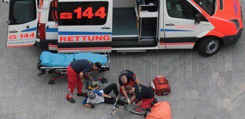 Unfall am Gürtel: Fahrradfahrer krachte mit drei Promille in Taxi