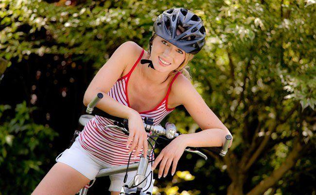Gut für die Gesundheit und für die Umwelt: Fahrrad fahren.