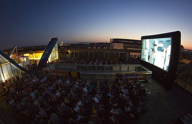 Das Kino am Dach lockt Jahr für Jahr begeisterte Besucher an