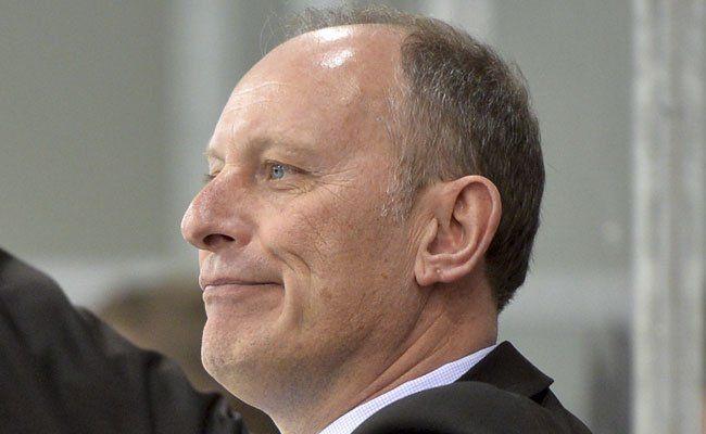 Cheftrainer Jim Boni hat bereit mit Nasheim zusammengearbeitet.