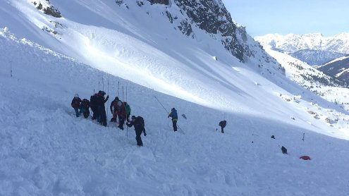 Schweres Lawinenunglück in Tirol fordert fünf Todesopfer