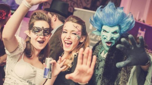Märchenhafter Rosenball 2016 - So bunt wurde gestern gefeiert