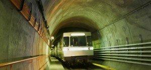 """U2-Gebrechen: Passagiere machten """"Ausflug"""" durch den U-Bahn-Tunnel"""