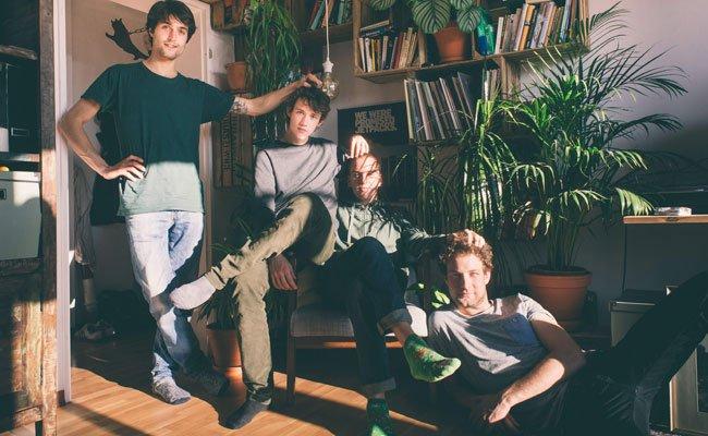 """""""Nix Konkretes"""" haben AnnenMayKantereit zu sagen - und füllen dennoch ein Album."""