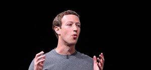 Anleger klagt gegen Aktienpläne von Facebook-Chef Zuckerberg