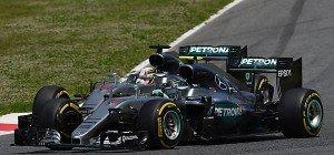 Mercedes-Crash offenbar unglückliche Verkettung von Fehlern