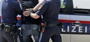 46-Jähriger bedrohte Mitarbeiterin einer Tankstelle in Floridsdorf