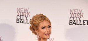 Paris Hilton postet Fotos vom sexy Shooting für das Paper Magazine