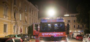 33 Linzer aus verqualmtem Haus gerettet – Brandstiftung?