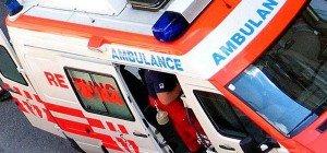 Drei Kinder und zwei Frauen bei Motorradunfall in Favoriten verletzt