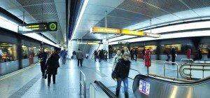 Westbahnhof: Mann bedrohte Mann mit Messer und besprühte Frau mit Pfefferspray