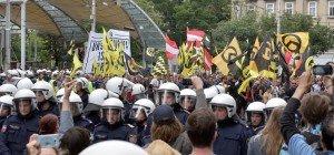 Identitären-Demo gegen Terrorismus in Wien