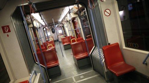 """Versteckte Kamera in der U-Bahn: """"Wiener Schmäh"""" als Kontrollore"""