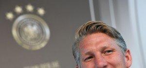 Schweinsteiger will auch nach DFB-Aus weiterspielen