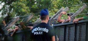 Flüchtlinge in Ungarn laut Amnesty systematisch misshandelt