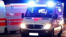 Unfall in Wien-Favoriten: Pkw erfasst Fußgängerin