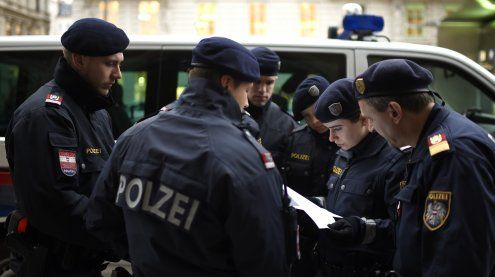 WEGA-Einsatz: Nachbar in Wien- Hietzing mit einer Waffe bedroht