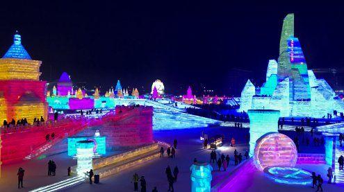 Festival: Stadt aus Eis und Schnee