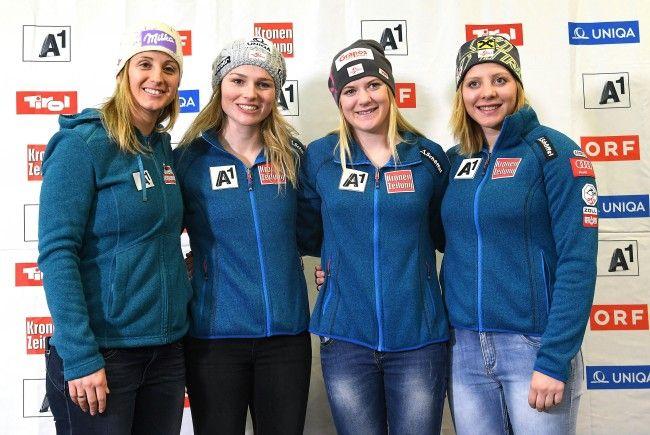 LIVE vom Damen-Slalom bei der Ski-WM in St. Moritz.