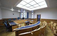 Kaufsüchtige Buchhalterin unterschlug 133.000 Euro