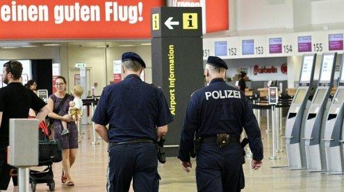 Terrorverdächtiger 'Flüchtlings-Soldat': Rechtsextremer Kontakt?