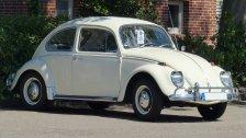 Brand in Tiefgarage: VW Käfer ausgebrannt