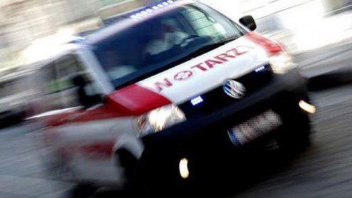 Unfall in der Rokitanskygasse Arbeiter (47) stürzte von Dach