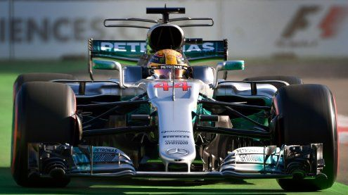 Ferrari jagen in Aserbaidschan extrem schnellen Lewis Hamilton