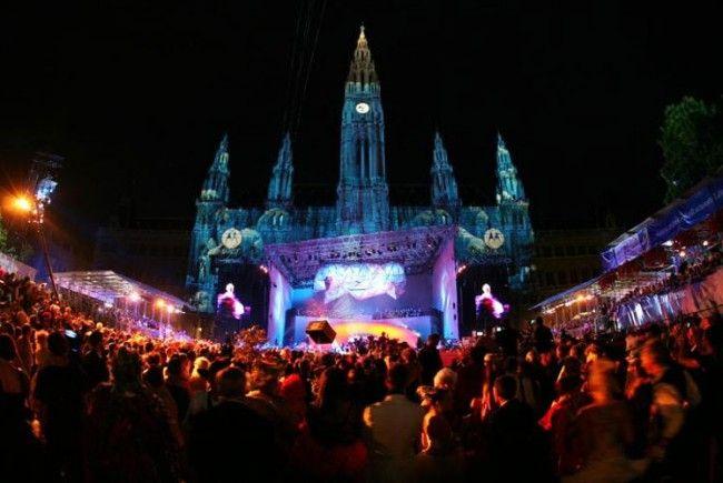 Der Life Ball bittet in Wien wieder zum Feiern für den guten Zweck.