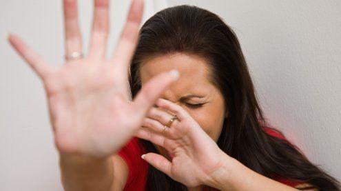 Jede fünfte Frau wurde bereits zum Opfer von familiärer Gewalt