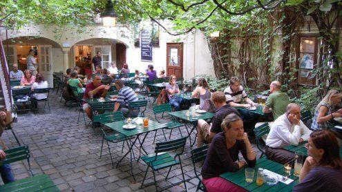 Die besten Wiener Lokalemit versteckten Innenhöfen