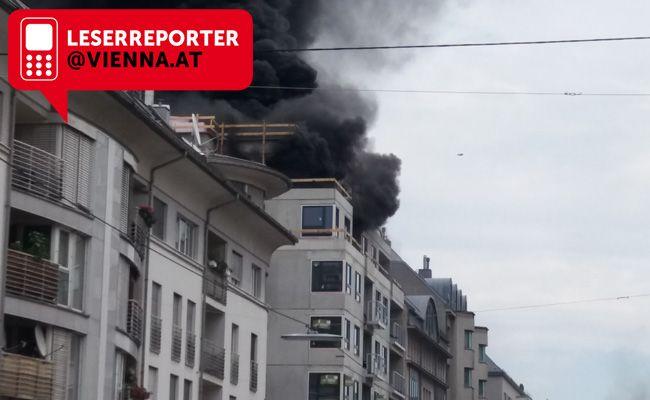 Auf einer Baustelle in der Rotenhofgasse in Wien-Favoriten brannte es am Freitagnachmittag.