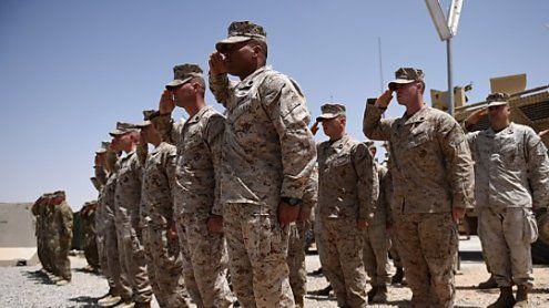 Spiel mit dem Feuer: USA ordnen Afghanistan-Strategie neu