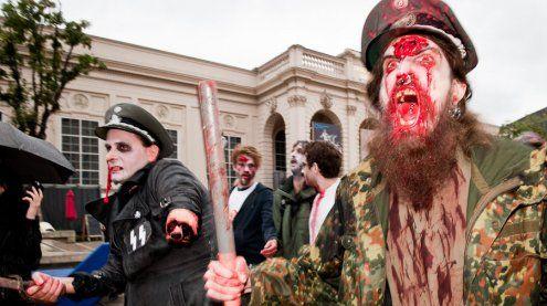 /slash Zombie Walk 2017 zieht vom MQ Wien zum Filmcasino