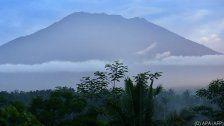 Bali: Zehntausende harren trotz Gefahr aus