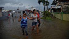 "Hurrikan ""Maria"" fegt über Puerto Rico hinweg"