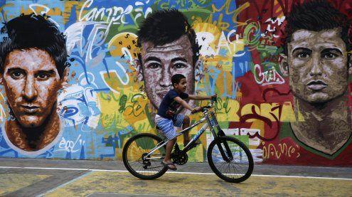 Ronaldo, Messi und Neymar als Weltfußballer 2017 nominiert