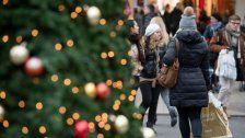 Weihnachtliches in Wiens Einkaufsstraßen