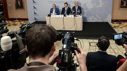 Europäische Rechtspopulisten begrüßen ÖVP-FPÖ-Einigung
