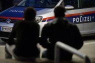 Dealer verhaftet, Abnehmer in Anhaltezentrum gebracht