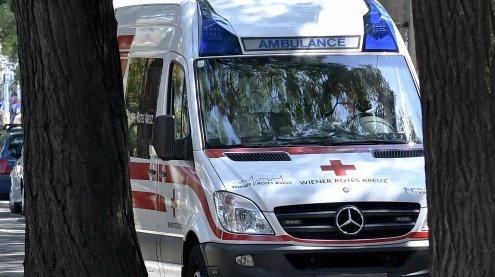 Zu schnell gefahren: Frau und zwei Kinder bei Unfall verletzt