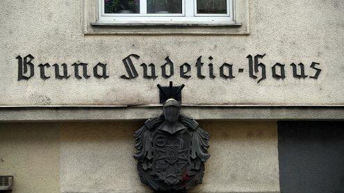 """SS-Liedzeile auf Facebook: Neue Vorwürfe gegen """"Bruna Sudetia"""""""