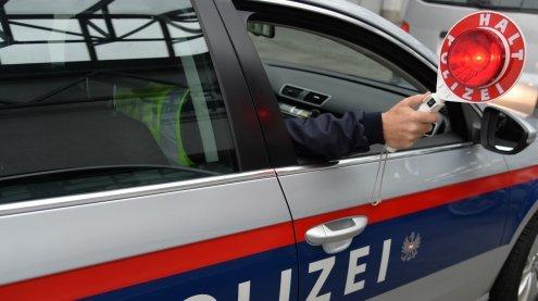 Desolater Linienbus aus Serbien in Wien aus dem Verkehr gezogen