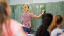 Länder überziehen weiter Lehrer-Stellenpläne