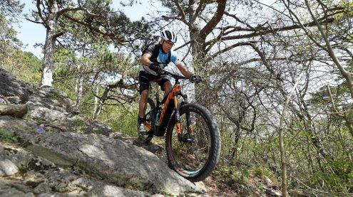 Radfahrer nach Verkehrsunfall in Tirol erfolgreich reanimiert