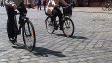 Passant lieh Polizisten Fahrrad zur Verfolgung
