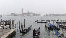 Venedig: Kanus & Paddel-boote in Kanälen verboten