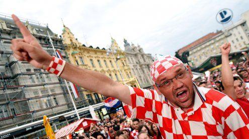 Kroatien nach 2:0 über Nigeria Gruppe-D-Tabellenführer